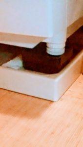 洗濯乾燥機の脚かさ上げゴムマット